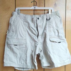 Wrangler Khaki Cargo Shorts Size 40